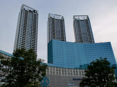jakarta central park apartment buildings